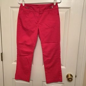 New York & Company 7th Avenue pink Capris